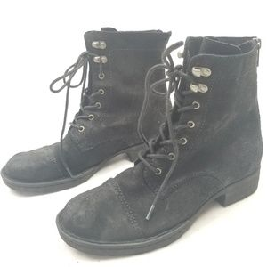 Born Kelisa Lace-Up Boot Distressed Black Leather